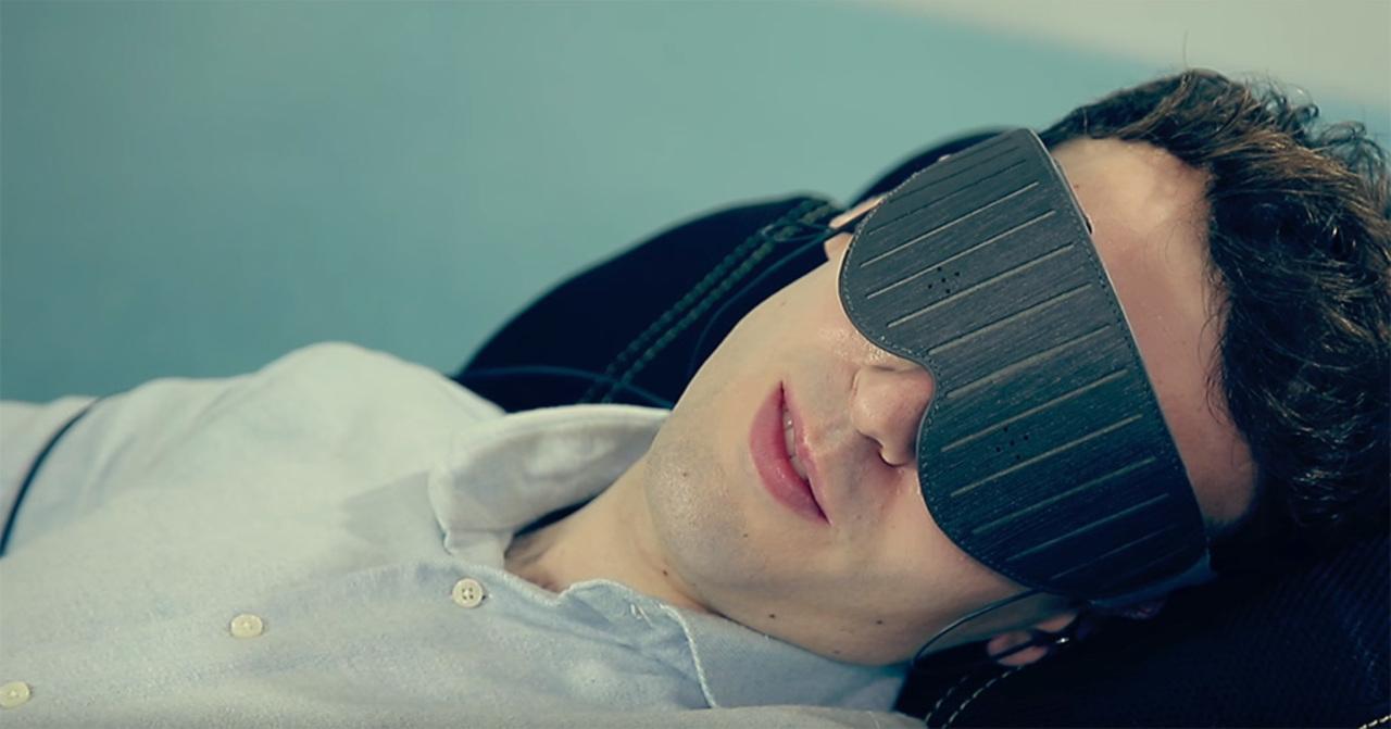 パーフェクト仮眠のためのスマートアイマスク「Naptime」