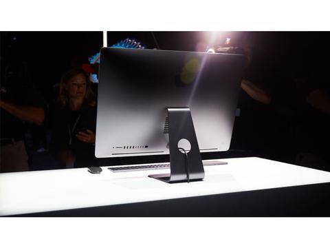 おや、iMac Proはユーザーアップグレードができるみたい