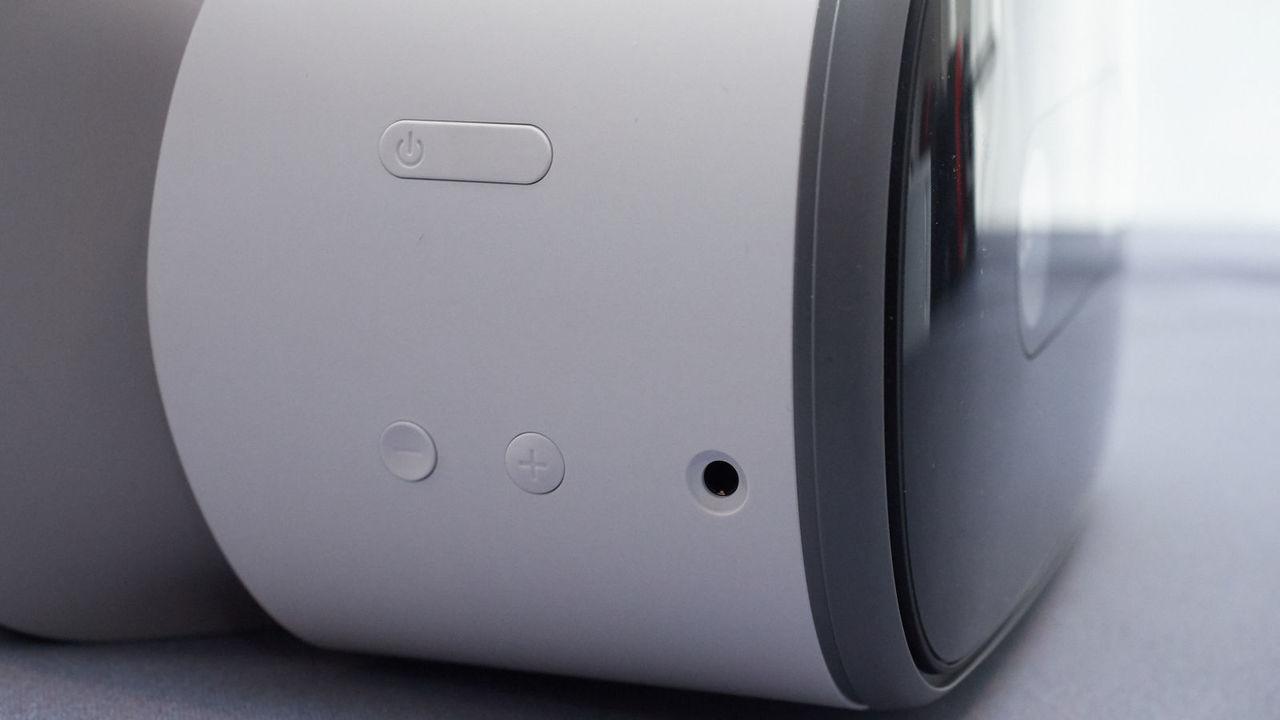 20180110-Lenovo-VR-Mirage-Solo-2
