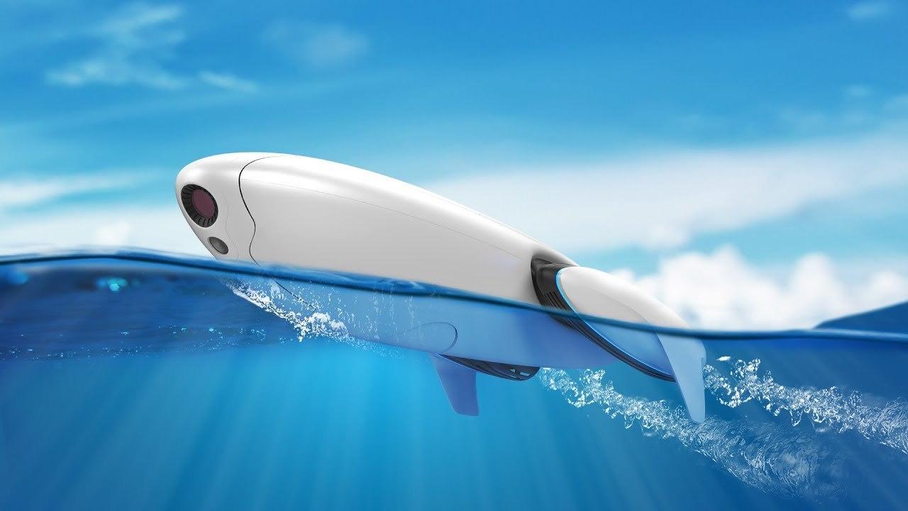 魚群探知、人命救助、釣りまでできる4Kカメラつき水中ドローン「PowerDolphin」