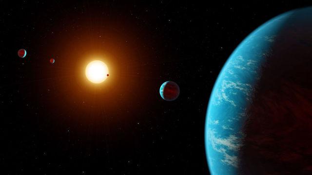 数千人のアマチュア天文学者たちの協力で、太陽系外惑星が5つも発見! (6つ目もありそう)