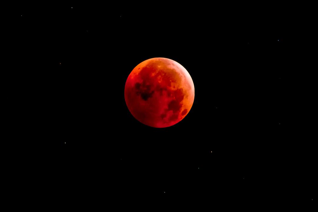 1月31日は皆既月食。知識も装備...