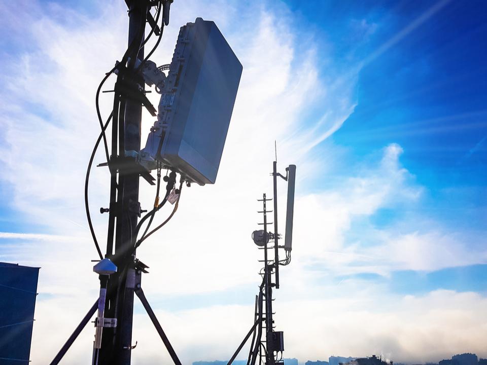 米政府の「5Gネットワークの一部を国営化」という内部文書に対し連邦通信委員会の議長も「それはダメ」