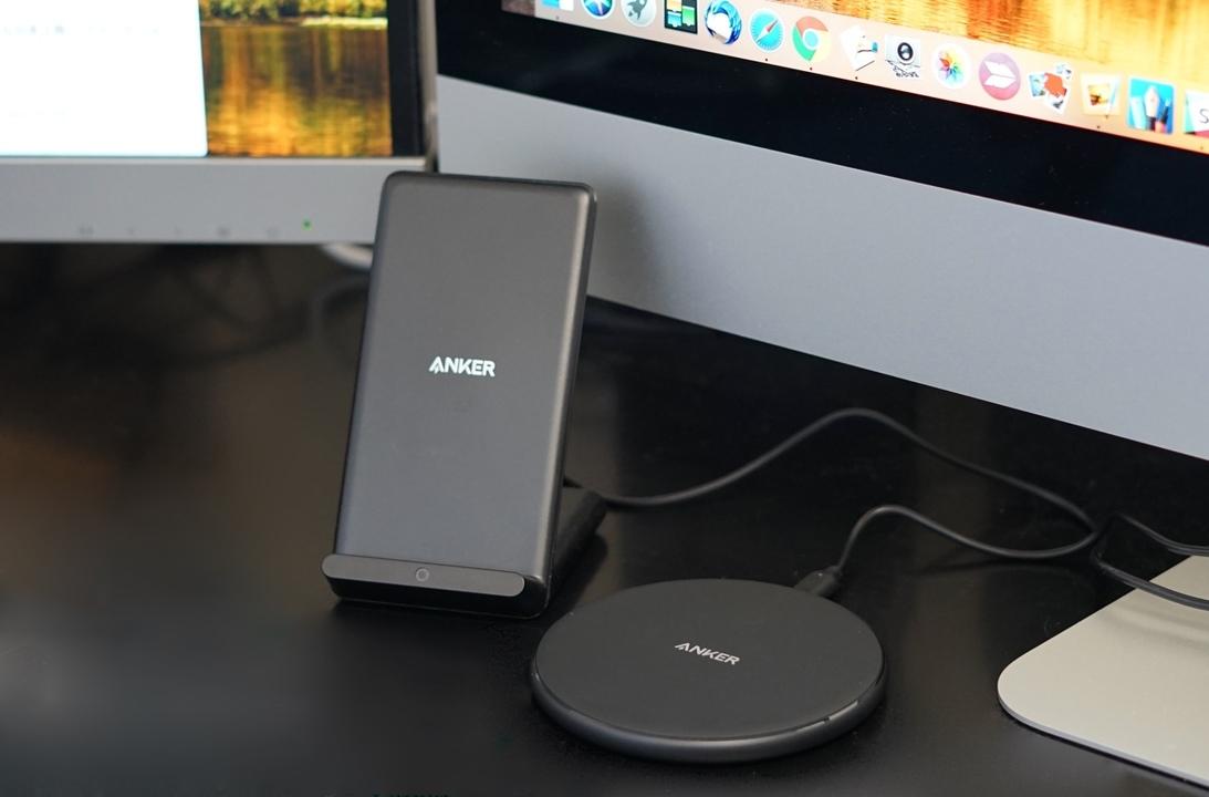 【読者限定で最大20%オフ】この便利さは手放せない! Ankerのワイヤレス充電器をデスクとリビングに導入してみました