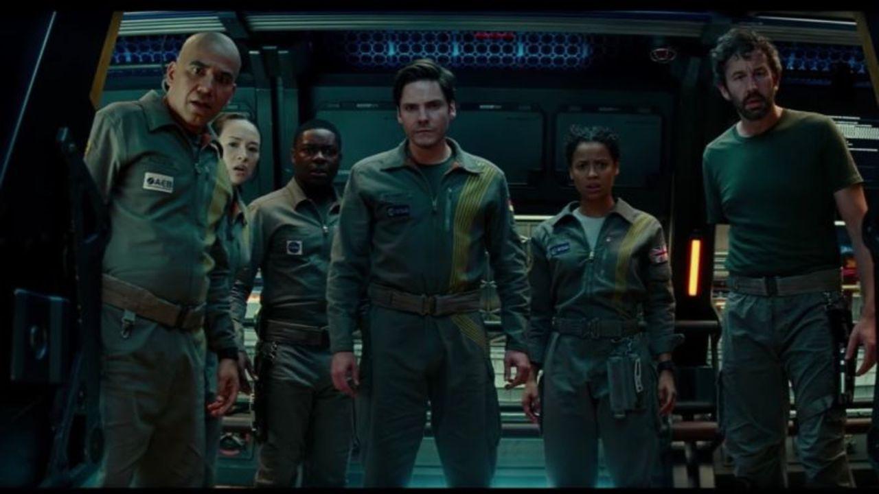 JJ・エイブラムスがプロデュース。Netflixから映画『クローバーフィールド·パラドックス』が本日サプライズ配信開始!