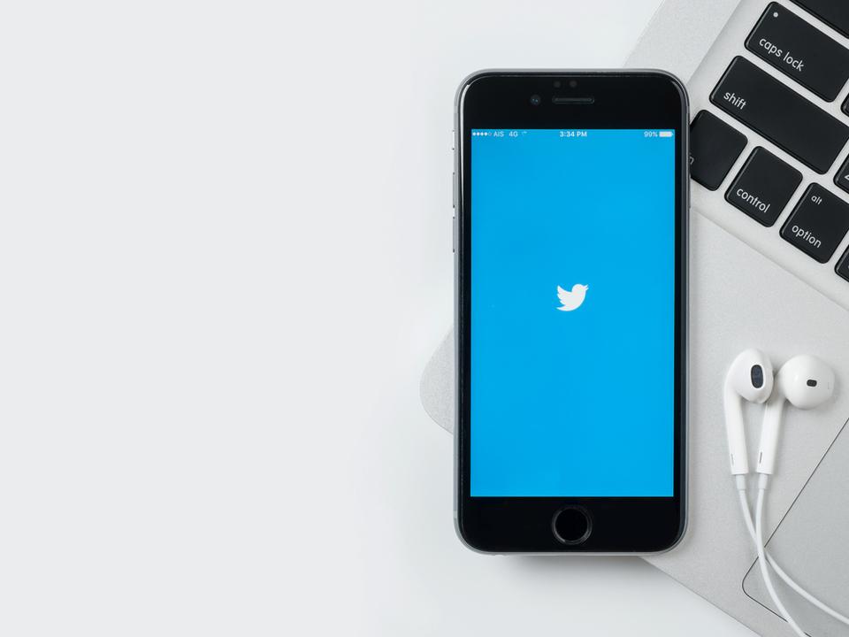 やったねTwitter、黒字に! 上場以来初の快挙