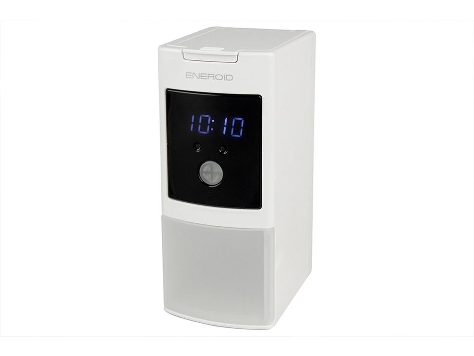 20本の単三充電池の充電+時計表示&USB充電ができる充電モンスター現る
