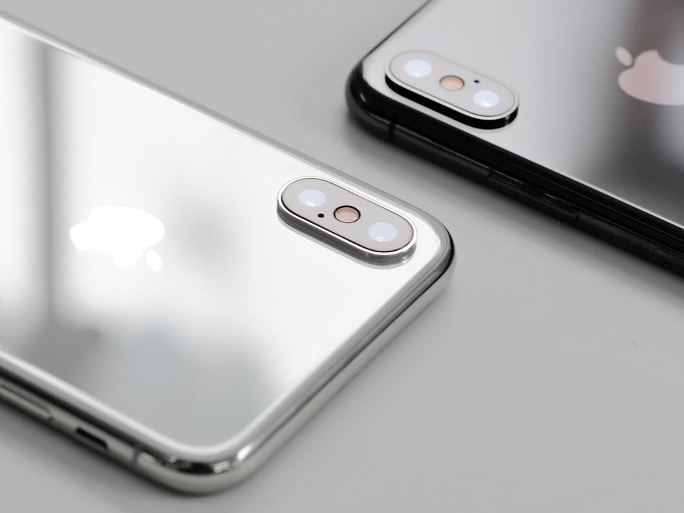 今年の新型iPhoneの売れ筋は液晶ディスプレイ搭載モデル? iPhone 8と同価格帯になるかも