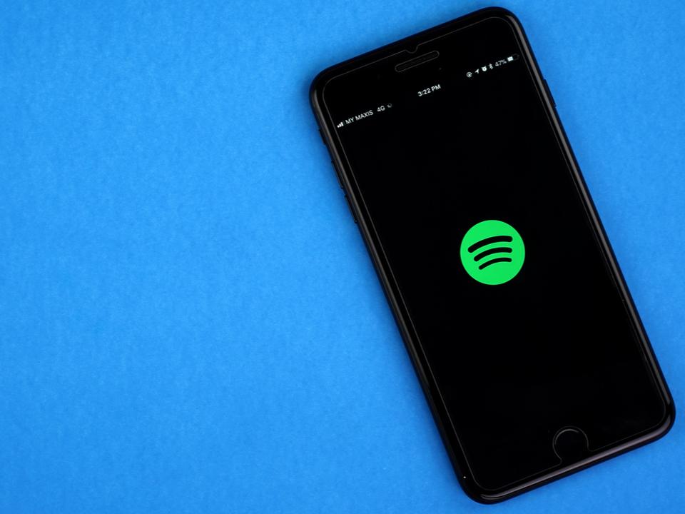 やっぱりスマートスピーカー? Spotifyが自社ハードウェアを出しそうな気配あり