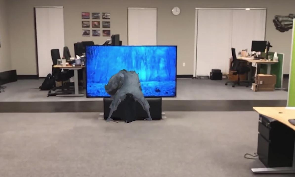 本当にテレビから出てくる…。背筋が凍るAR x 貞子