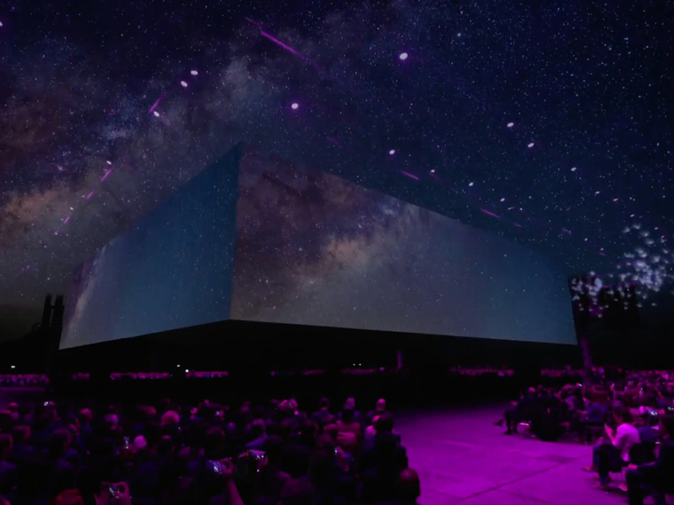 SamsungがGalaxy S9/S9+を発表したステージ、今年も演出がすごい