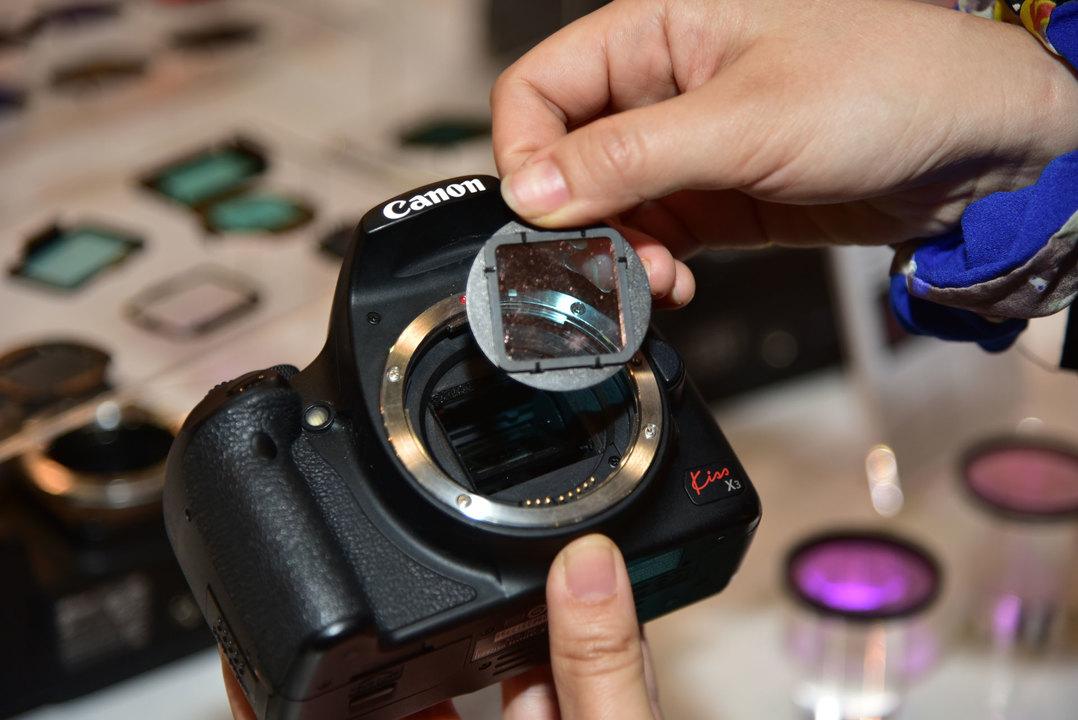 1mm極薄! センサーとレンズの間に入れる各種フィルター #CPplus