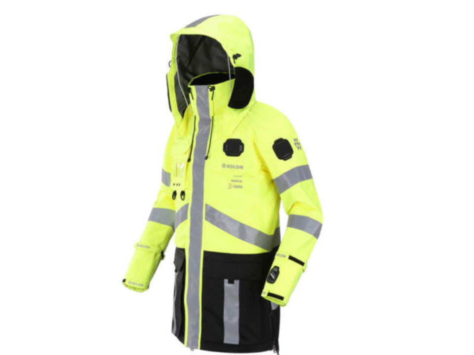Nokiaが作る、消防士みたいなスマート・ジャケット
