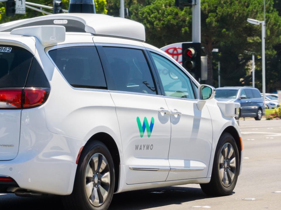 Uber、自動運転でWaymoとの連携を熱望との噂