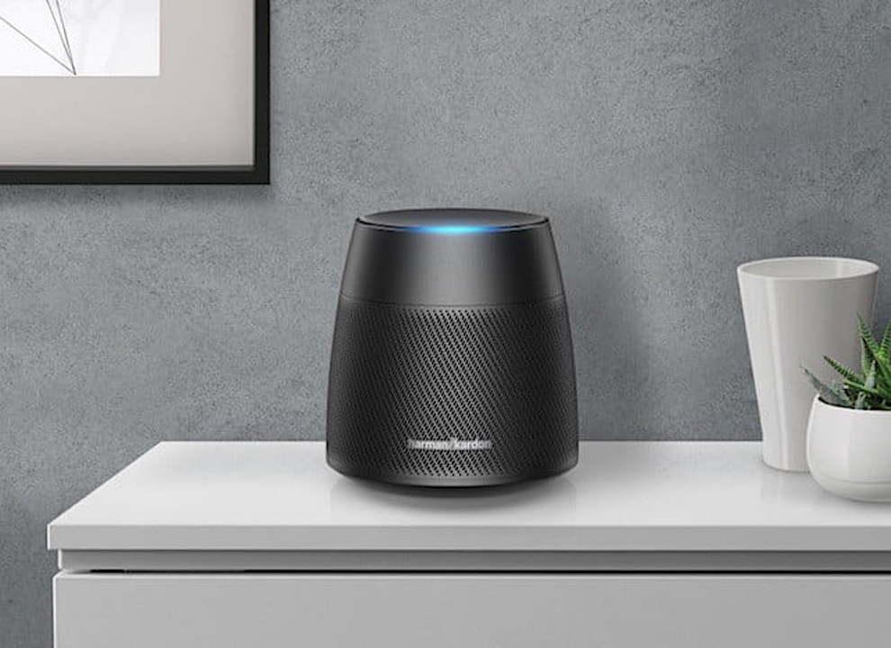 音質でHomePodに対抗? ハーマン・カードンからAlexa搭載の新スマートスピーカーが登場