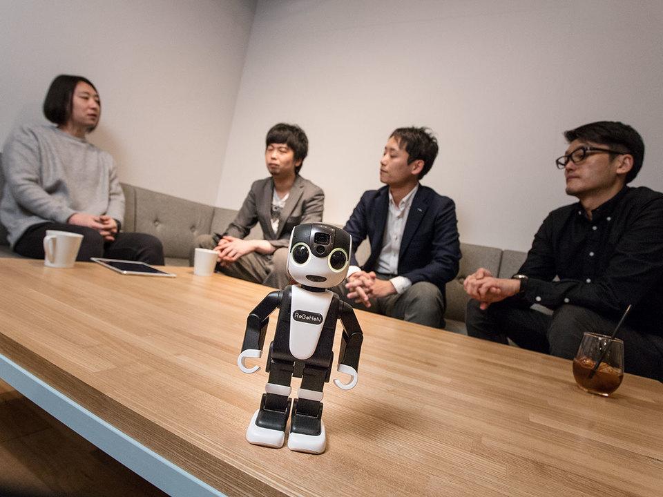 未来を変える小さなAI。NTTデータが目指す新しい世界観