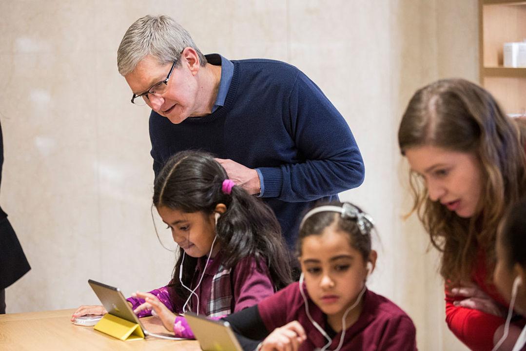 Appleが突然「ファミリー」ページを立ち上げるも、意図がよくわからない…
