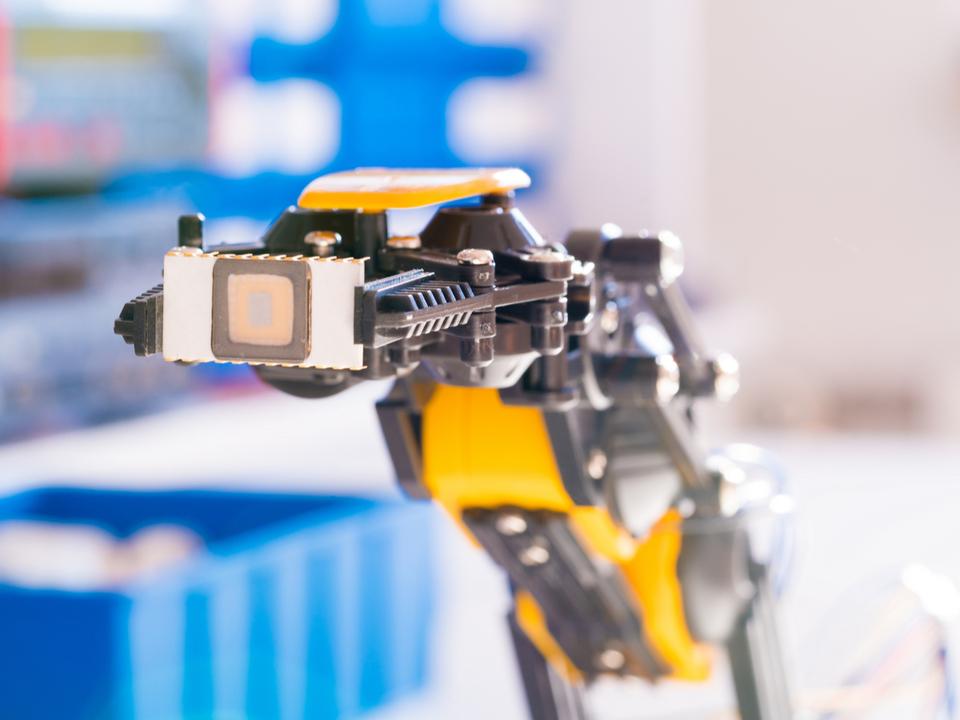 ナノメートルの決死圏! IBMがコグニティブ技術で挑む、半導体製造の最前線