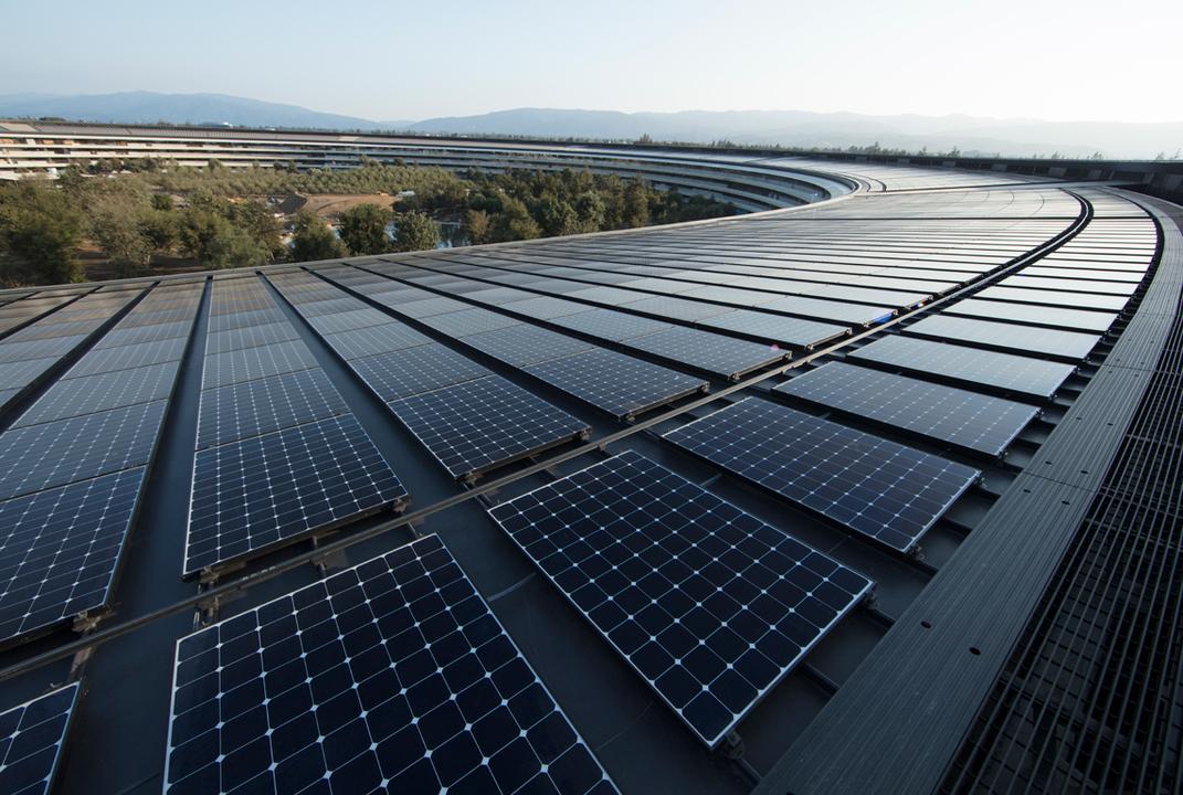 これは偉業。Apple、自社電力の100%を再生可能エネルギーでまかなっていると発表