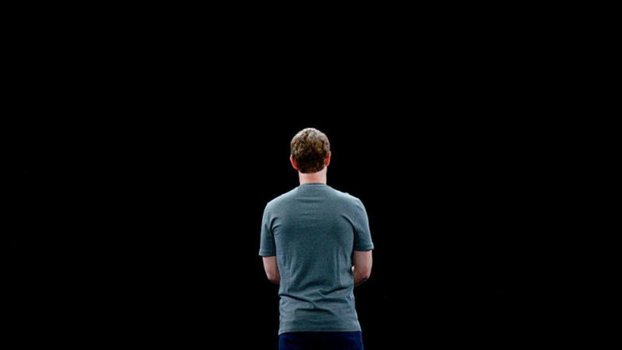 Facebookでマーク・ザッカーバーグから届いたメッセージが消える怪現象