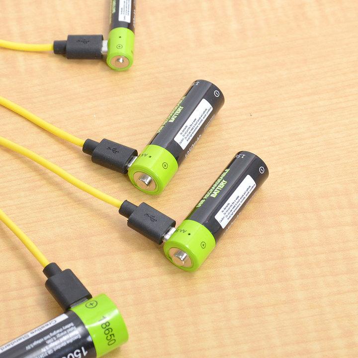 合理性を突き詰めたらこうなるのか。microUSBで直接充電できる電池