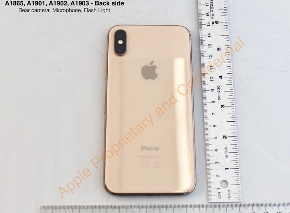 昨年発表されなかったiPhone Xのゴールドカラー、FCC登録から判明!