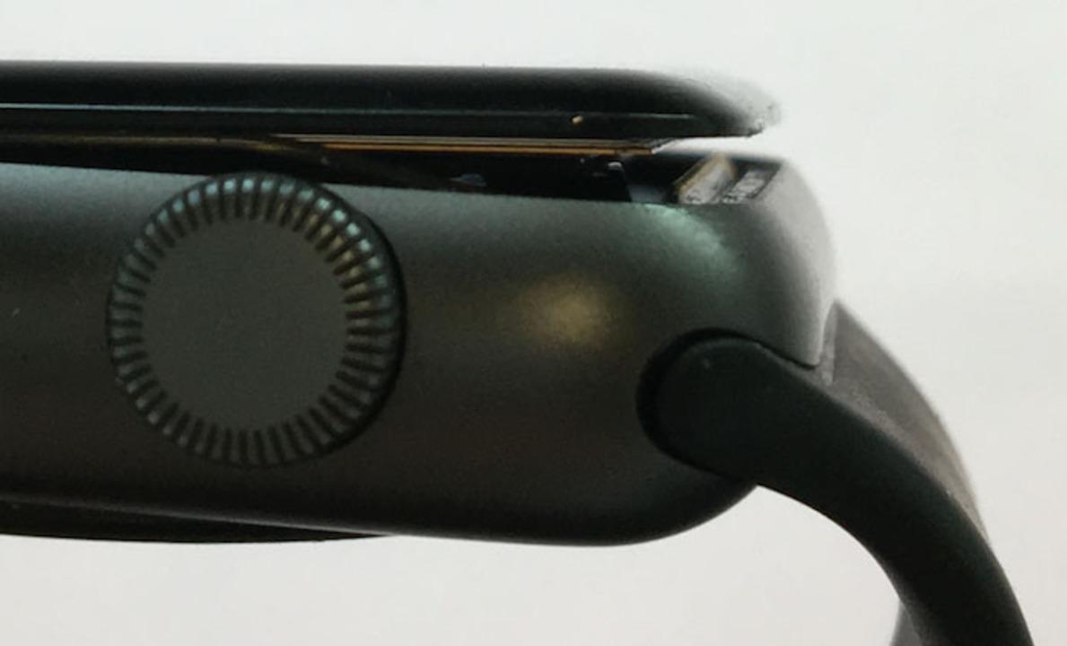 Apple Watch Series 2の42mmモデル、バッテリー不具合での無償修理期間を3年に延長