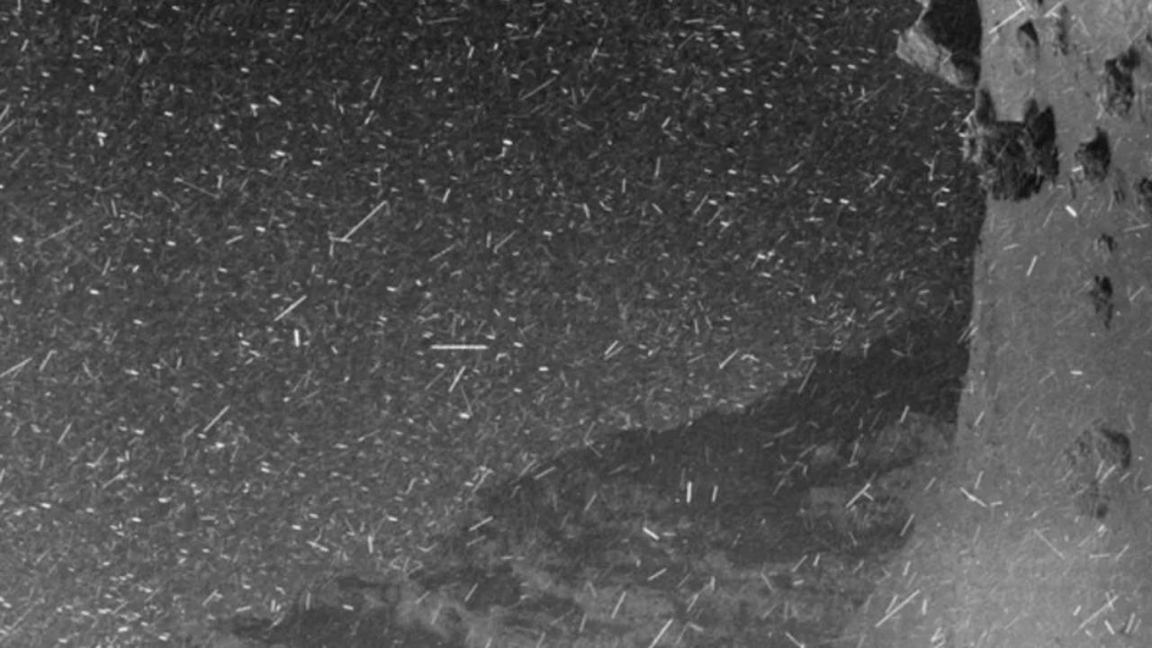 ありがとう探査機ロゼッタ。衝突事故の前に写していた、チュリュモフ・ゲラシメンコ彗星の地表の映像