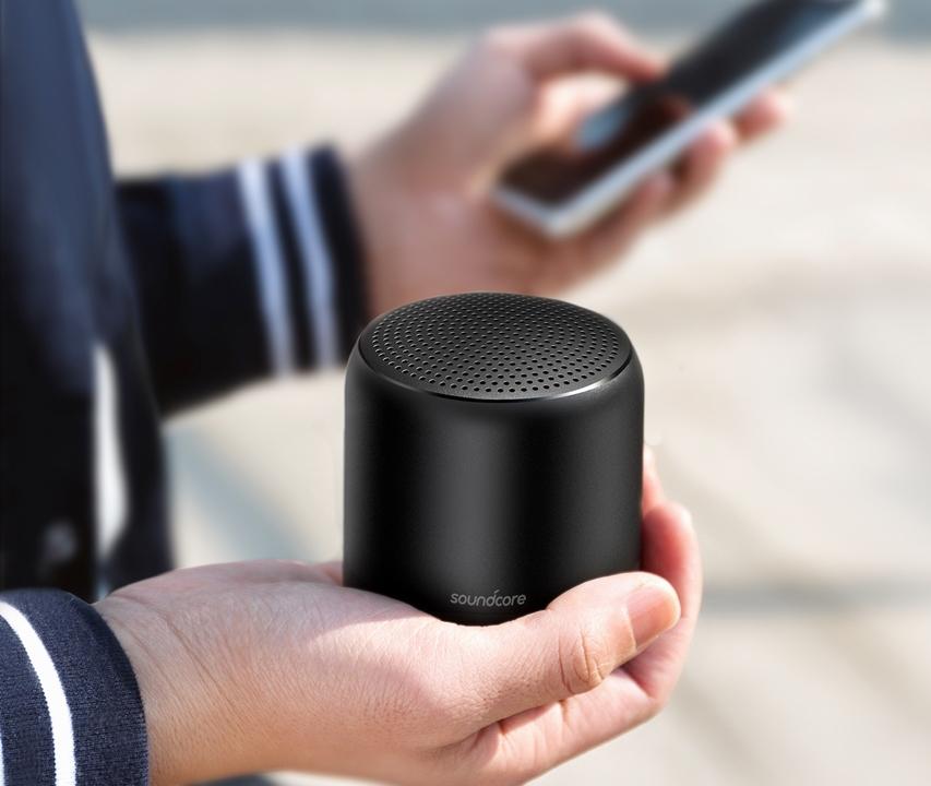 Anker新ブランドから早速登場! 完全防水Bluetoothスピーカー「Soundcore Mini 2」デビュー