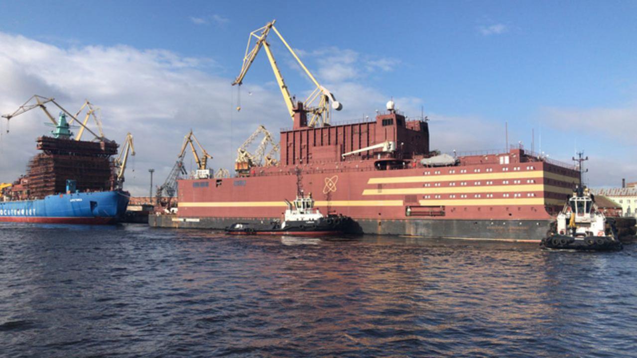 ロシアにて、海の上の原子力発電所「アカデミック・ロモノソフ」が完成