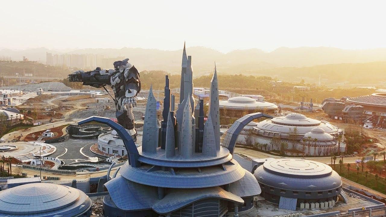 中国の仮想現実SFテーマパークが最貧困地域にオープン