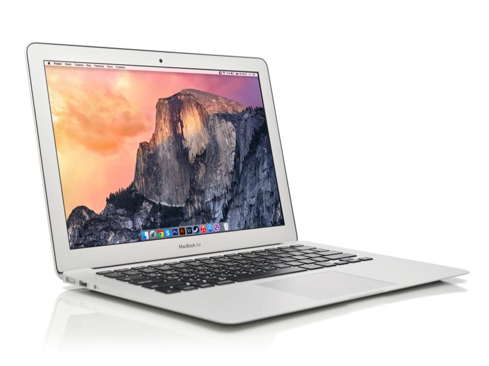 RetinaでスリムなMacBook Air、量産が今年後半に延期される?