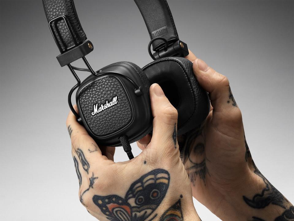 Marshallの伝統的ヘッドフォンの最新モデルには、いろんな改良が施されてた