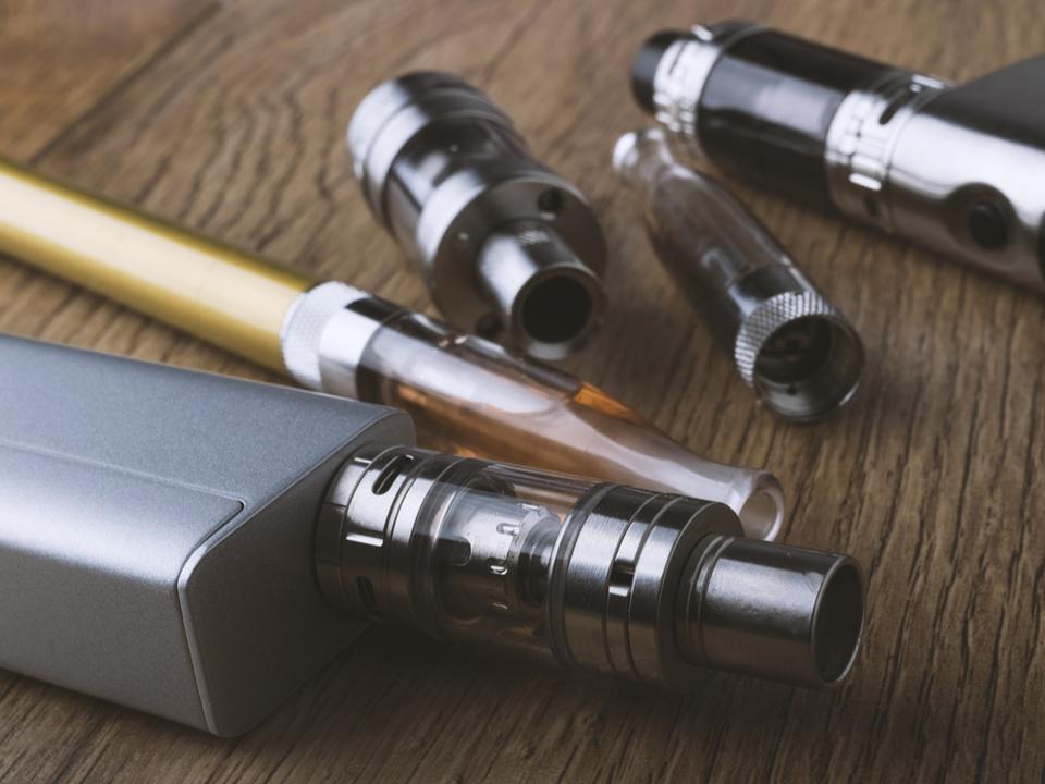 電子タバコが爆発してフロリダの男性が死亡。同じタイプの事件としては初か