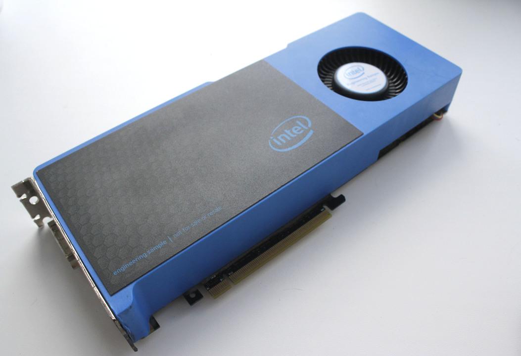 Intelの作っていた謎のGPU「Larrabee」が出回ってる