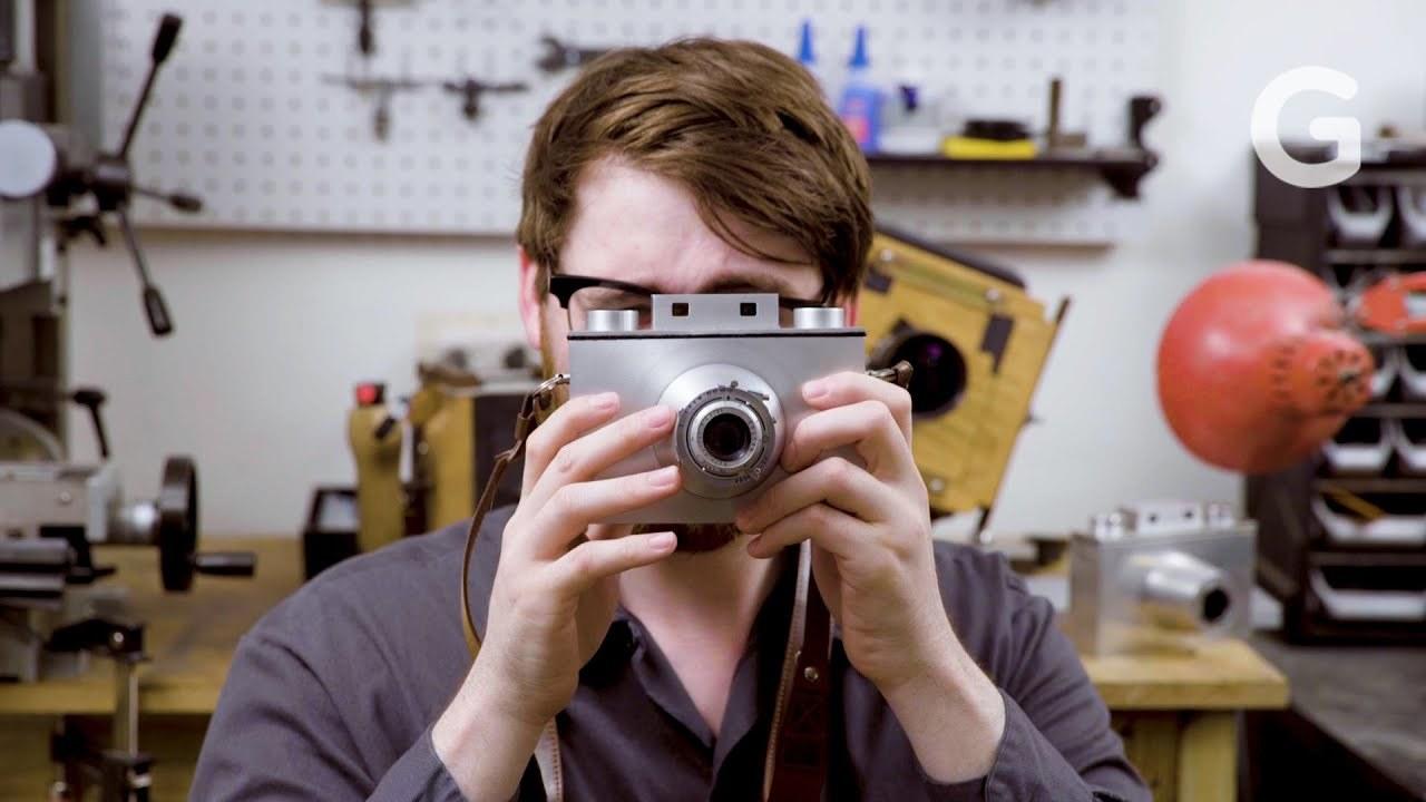 苦学生から職人に。大判カメラを一から完全に手作りする男