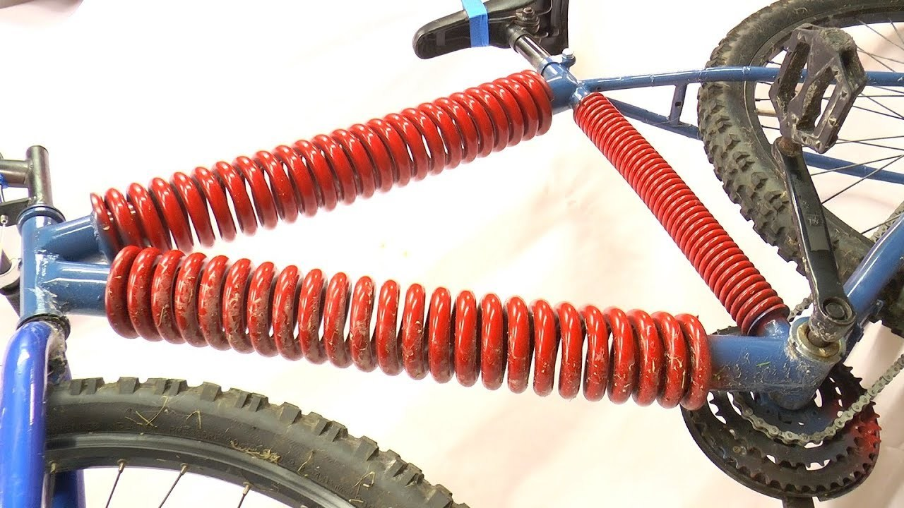クッション性バツグン? 自転車のフレームをスプリングに交換するとこうなる