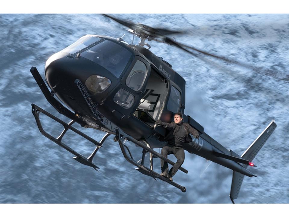 トム・クルーズ本人がHALOジャンプ(高高度降下低高度開傘)をやっちゃう『ミッション・インポッシブル/フォールアウト』