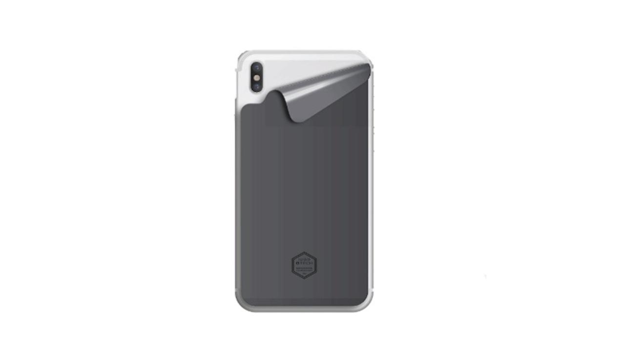 放熱作用でバッテリー消費を抑える。新素材グラフェンを使ったiPhone用ステッカーとケースがAmazonでセール価格に