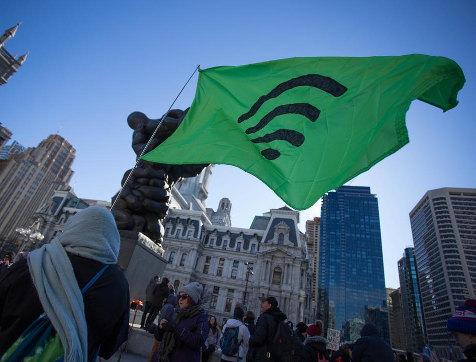 ネット中立性が撤廃、でもこれで終わったわけじゃない! 抗い続ける人たち