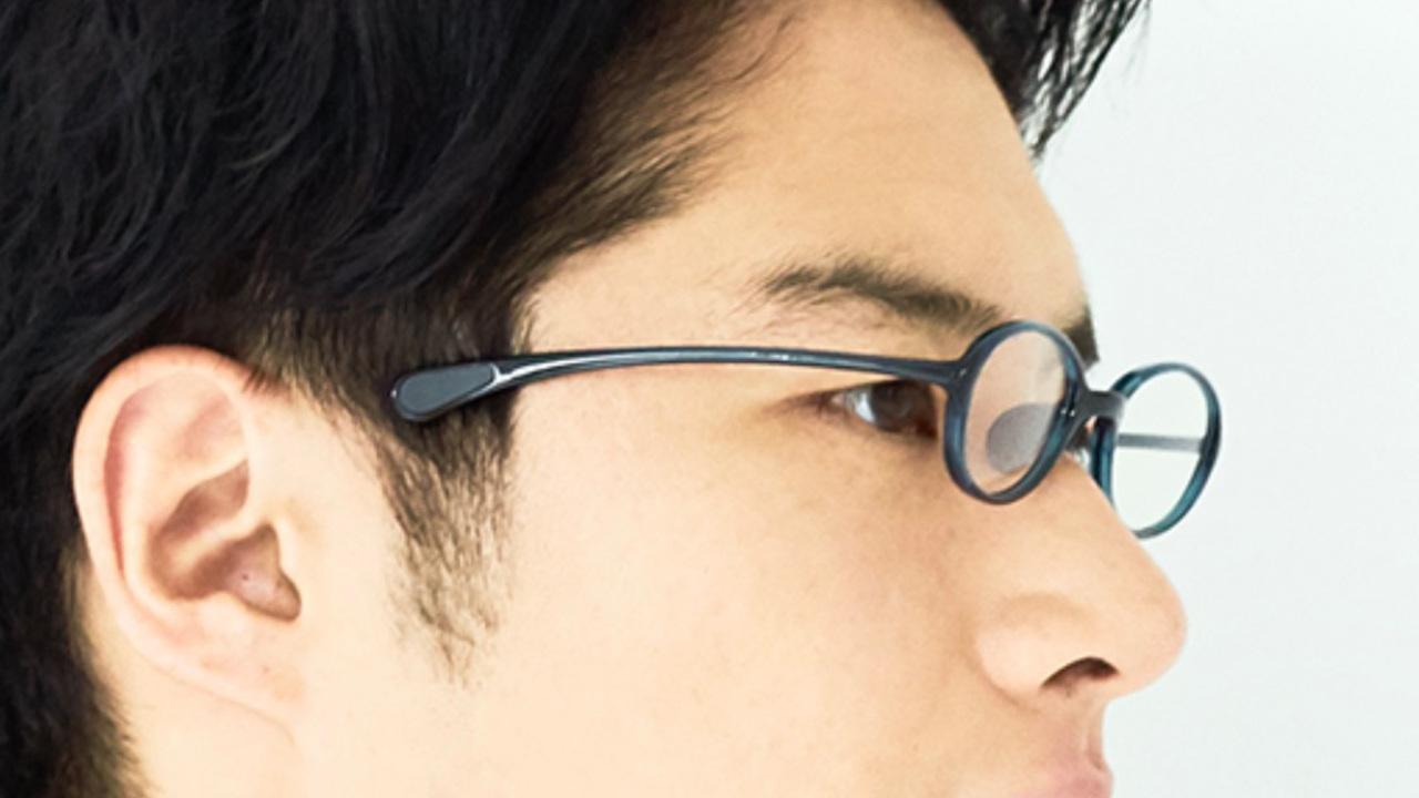 メガネっ子だってVRゴーグルが怖くない! つるが短いJINSのメガネ