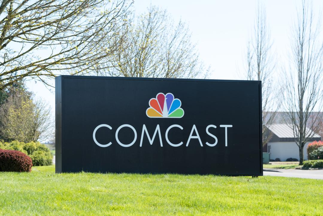 フォックス買収劇、米CATV大手のコムキャストが現金650億ドルで対抗。ディズニーに上回る条件で