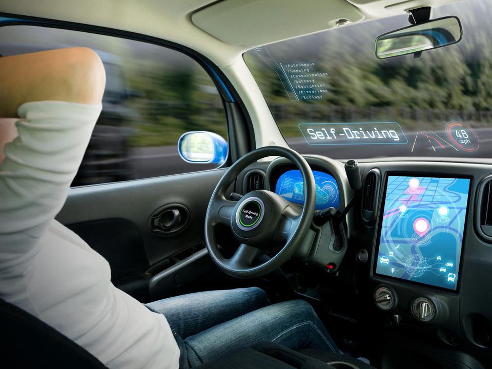 買い物先に自動で移動可能に? Appleが自動運転特許を出願