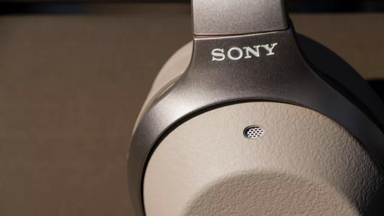 ソニーのヘッドフォンがGoogle アシスタントに対応。と同時に、Boseユーザーは複雑な気持ちに