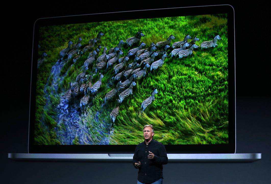 今のMacBook Proの礎となった、初代Retinaディスプレイモデルが「ビンテージ製品」入り