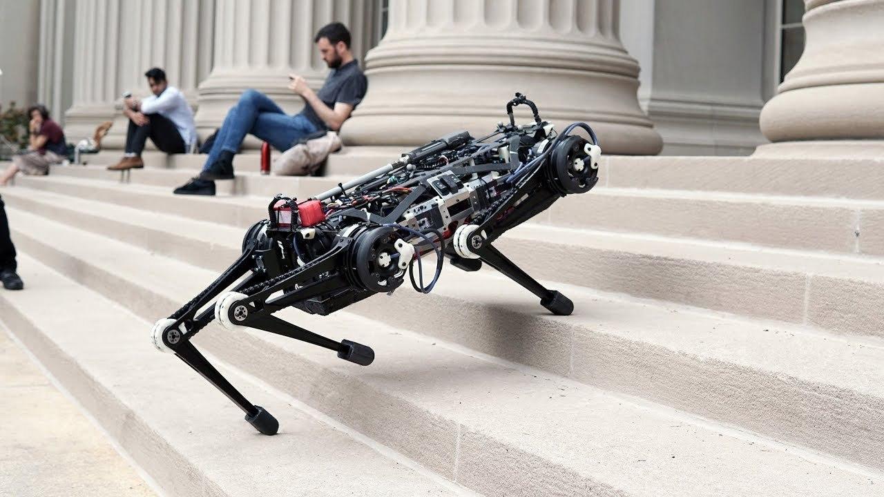 視覚に頼らずジャンプもできるぞ! MITが四足歩行ロボットを開発中