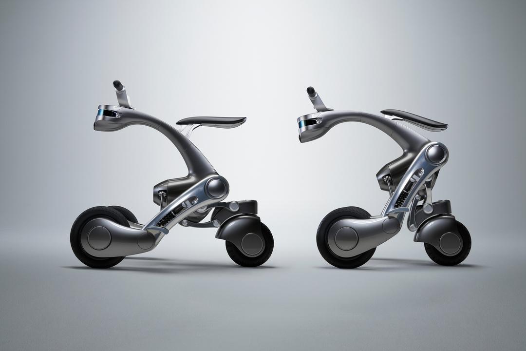乗り物だけど、相棒。トランスフォームするロボットeバイク「CanguRo」を千葉工業大学が開発