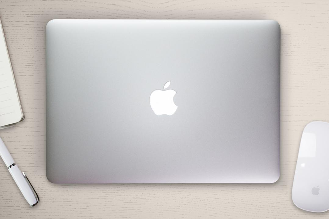 さよなら、リンゴが光るMacBook Pro