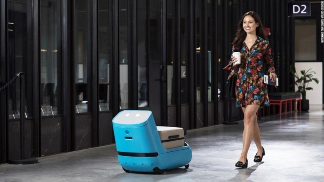 愛嬌たっぷり! 飛行場で荷物を運んでくれるKLMの自走ロボット「Care-E」