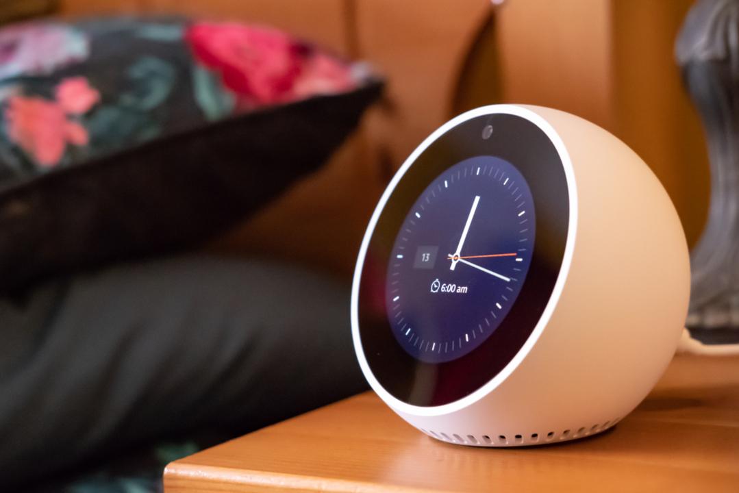 Amazon Echoの新機能のおかげで、「目覚ましの音楽がトラウマになる現象」が解決するかも